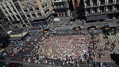 Las mañanas de RNE - Los terroristas de Cataluña planeaban atentados contra monumentos - Escuchar ahora