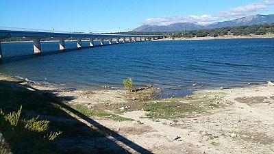 España vuelta y vuelta - La sequía desde el embalse de Valmayor - 04/09/17 - Escuchar ahora