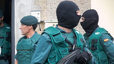 Boletines RNE - Detenido un hombre en Lleida acusado de adoctrinamiento yihadista - Escuchar ahora