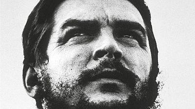 Las mañanas de RNE - J.J. Benítez narra las últimas horas del Che en 'Tengo a papa' - Escuchar ahora