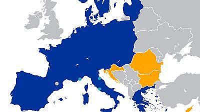 Las mañanas de RNE - La CE pedirá suavizar las normas para que la zona Schengen pueda suspenderse - Escuchar ahora