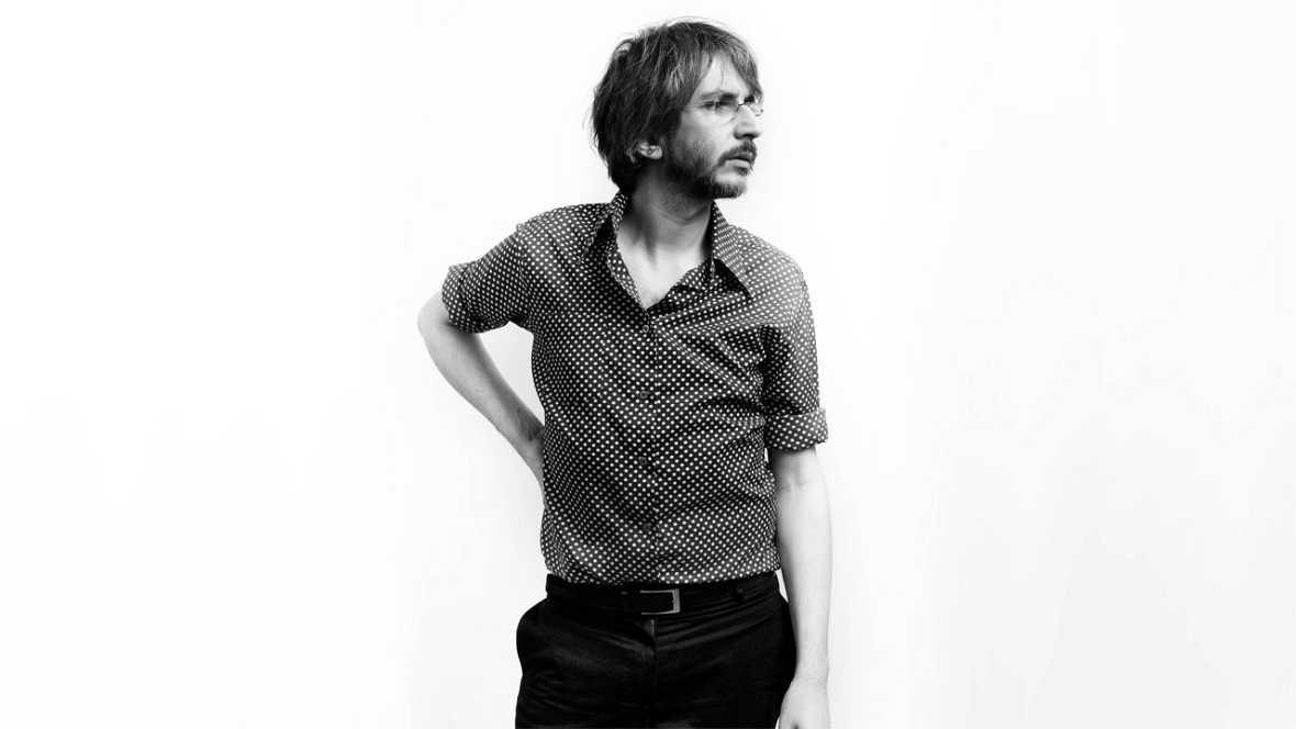 Todos somos sospechosos - La poesía de Xoel López - 28/09/17 - escuchar ahora