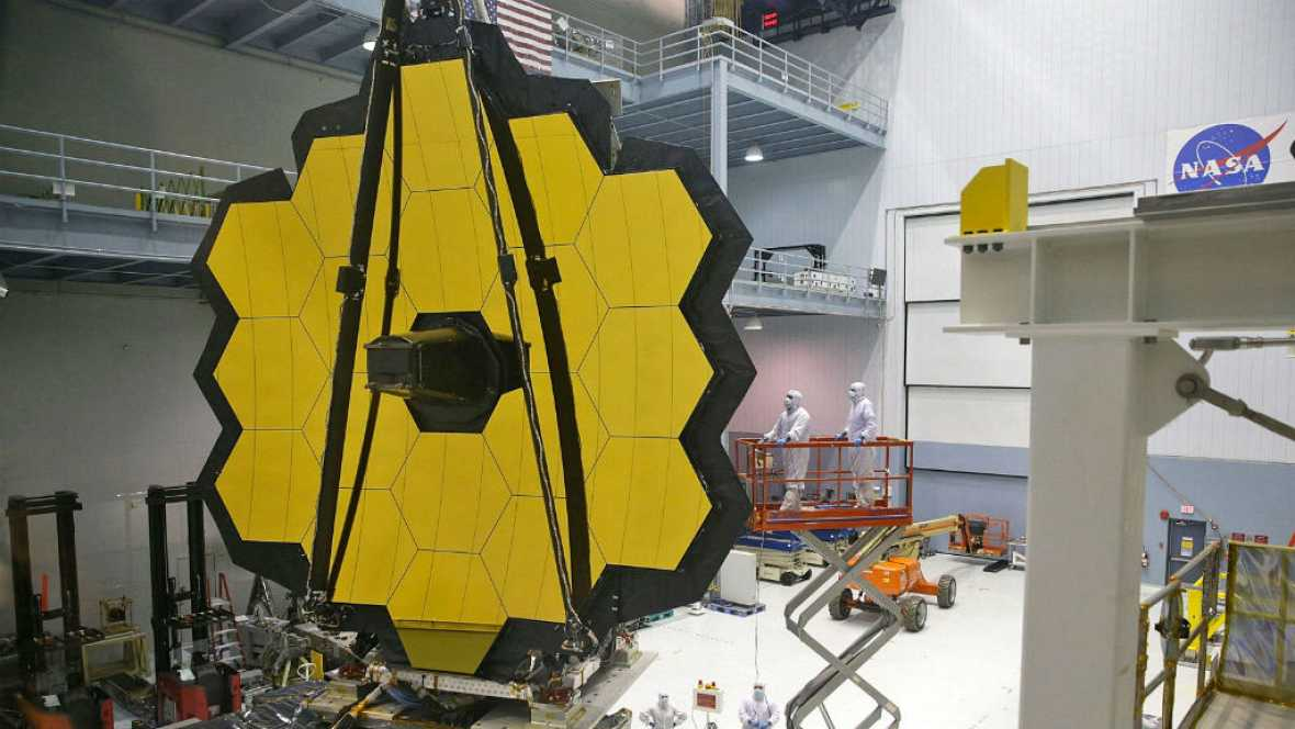 Entre paréntesis - James Webb se prepara para una misión espacial nunca vista - Escuchar ahora