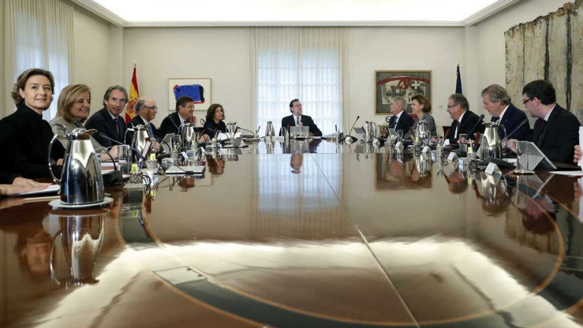 Las mañanas de RNE - El Consejo de Ministros facilitará el traslado de empresas desde Cataluña - Escuchar ahora