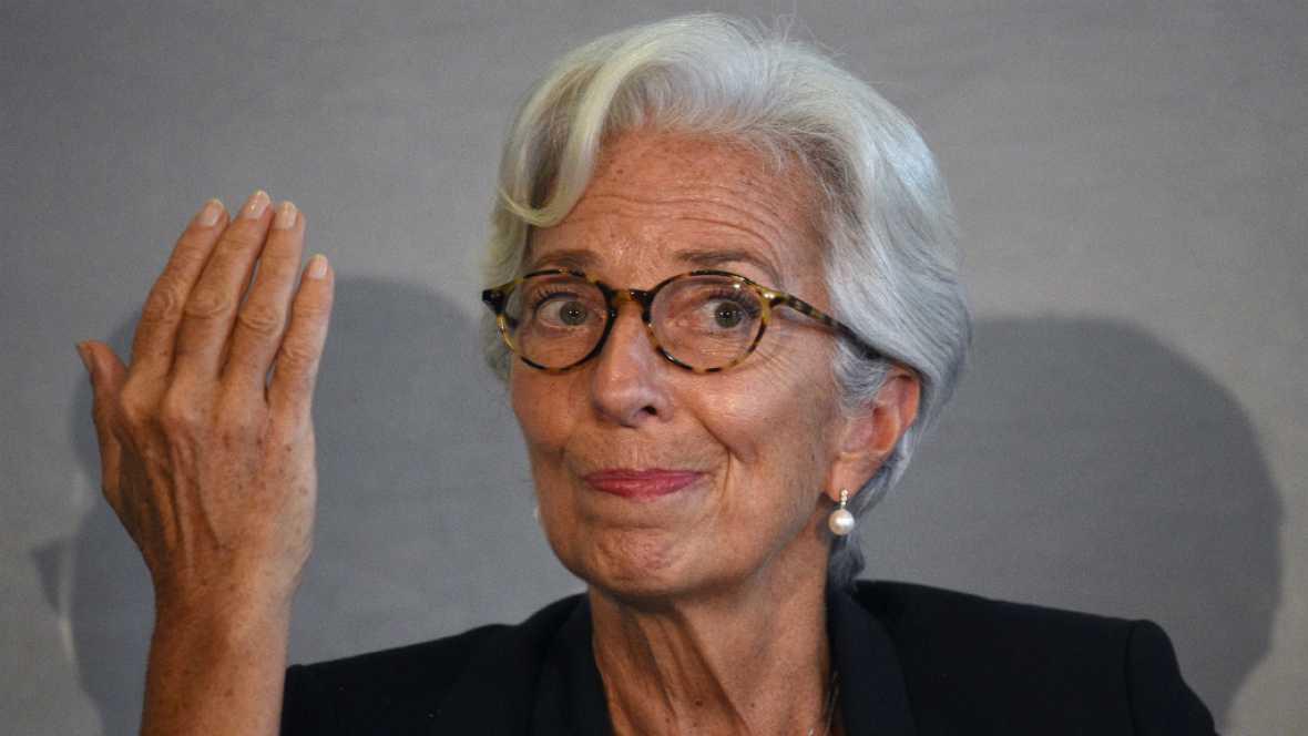 Boletines RNE - El FMI advierte que la incertidumbre en Cataluña podría pesar en la confianza y la inversión - Escuchar ahora