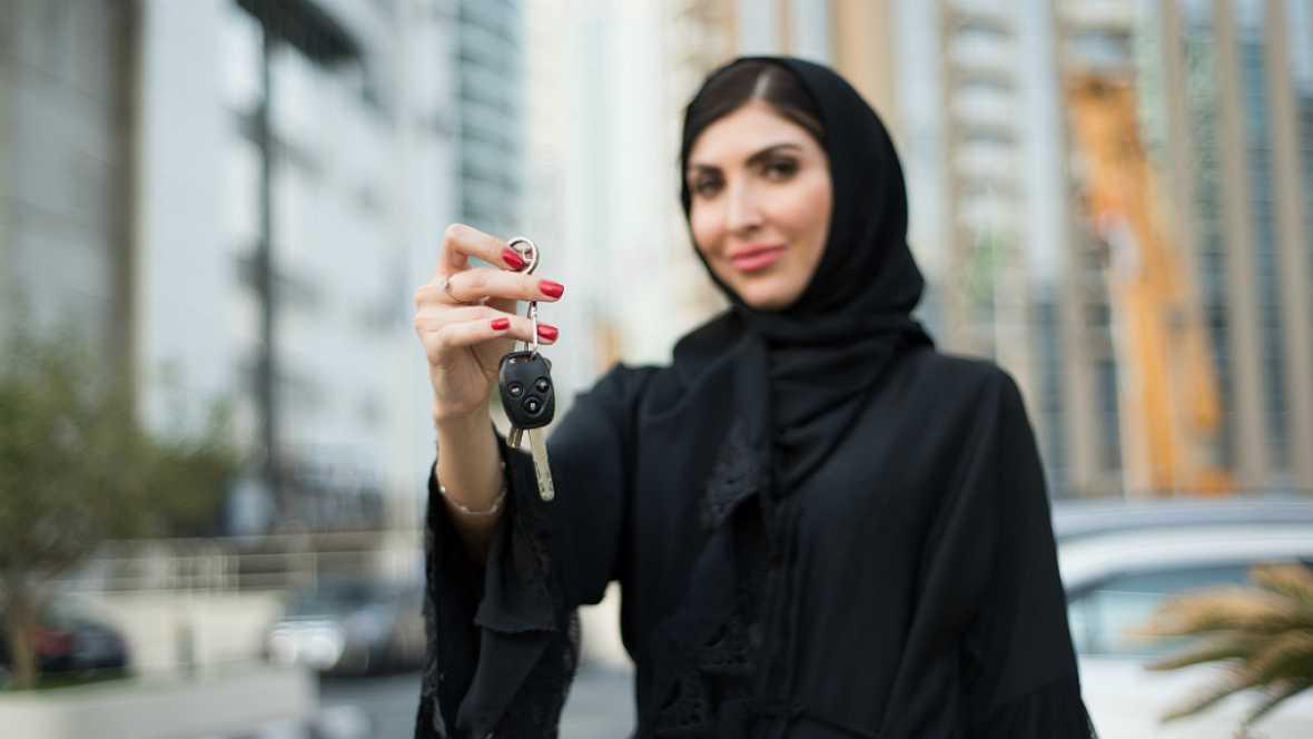 Mundo aparte - Las mujeres saudíes podrán conducir - 12/10/17 - Escuchar ahora
