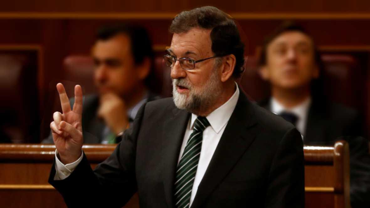 24 horas - El Gobierno, también PSOE y C's, pide a Puigdemont que convoque elecciones y prepara cómo aplicar el artículo 155 - Escuchar ahora