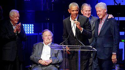 Expresidentes unidos para recaudar fondos para las víctimas de los huracanes - Escuchar ahora