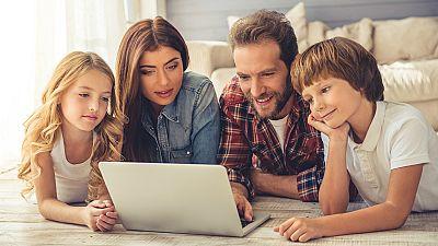 Derecho para todos - Padres, menores y redes sociales - 27/10/17 - Escuchar ahora