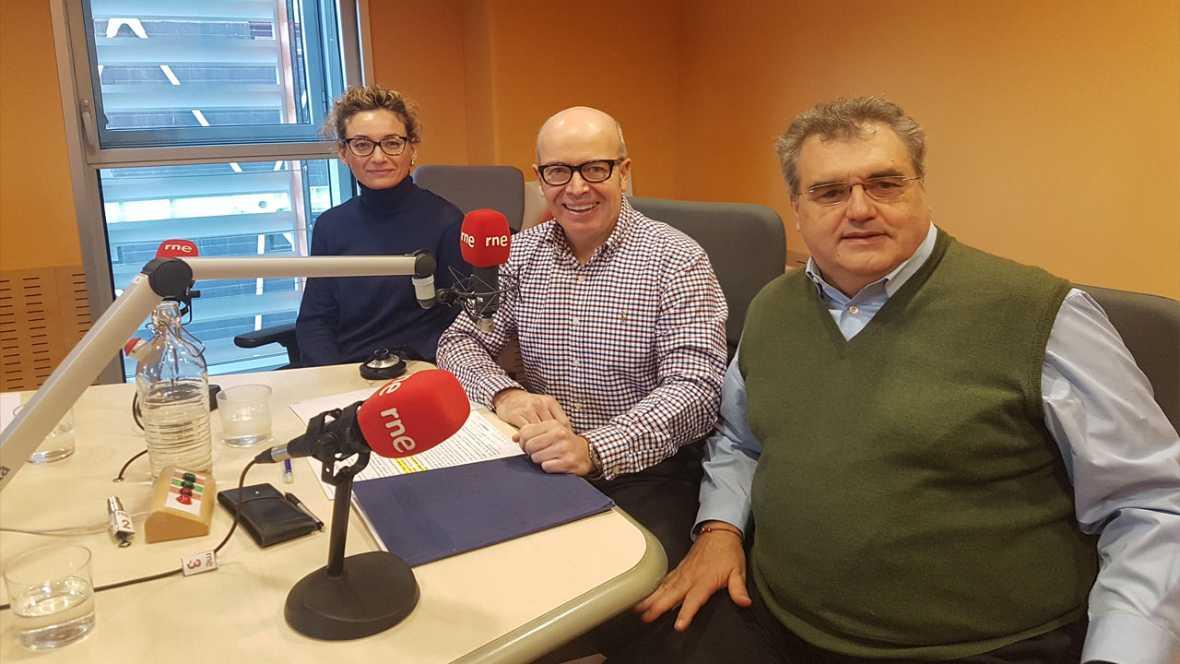 Econòmix - 'L'estat econòmic i normatiu de l'oficina de farmàcia' amb Antoni Torres i Rocío Martín