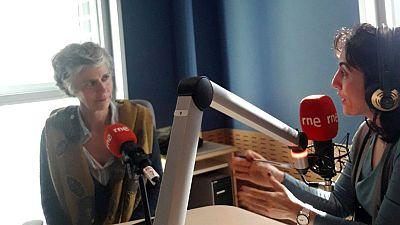 Lletra lligada - Entrevista a l'escriptora Elisabetta Gnone, autora de 'Olga de papel'