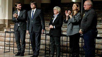 Las mañanas de RNE - Puigdemont y sus cuatro exconsellers acuden al tribunal belga que debe decidir sobre su situación - Escuchar ahora