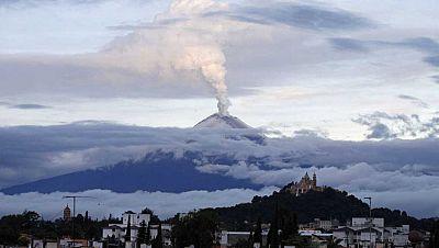"""Espacio en blanco - """"Don Goyo"""" el volcán Popocatépetl - 19/11/17 - escuchar ahora"""