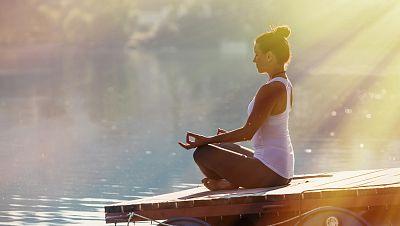Club Dante - 'Llibres sobre ioga' amb Javier Salinas i Vanesa Lorenzo