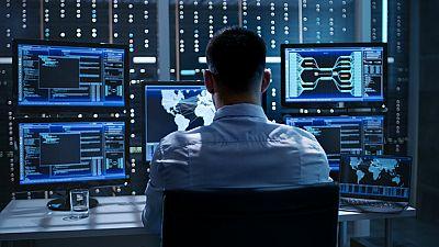 El buscador de R5 - Controlando empleados - 22/11/17 - Escuchar ahora