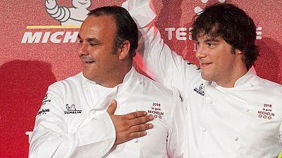 Marca España - A Poniente, de ángel León, y Abac, de Jordi Cruz, se hacen con las nuevas tres estrellas Michelin - 23/11/17 - escuchar ahora