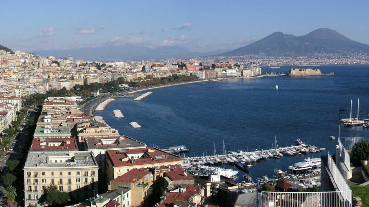 Nómadas - Nápoles, entre el fuego y el mar - 03/12/17 - escuchar ahora