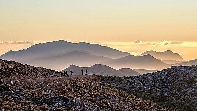 Escapadas - Caminando por la Sierra de las Nieves - 11/12/17 - Escuchar ahora