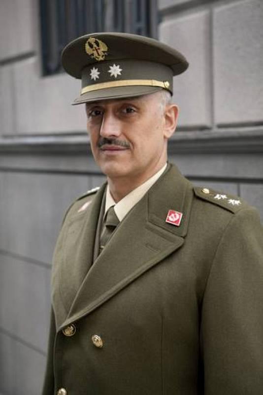 Alberto Jiménez interpreta al teniente coronel Eugenio Armenteros