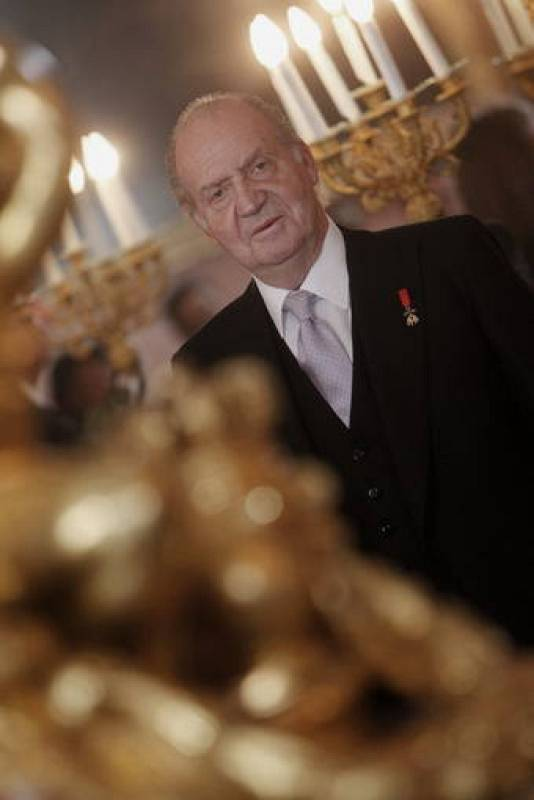 El rey don Juan Carlos durante la recepción anual al cuerpo diplomático acreditado en España, en el Palacio Real.