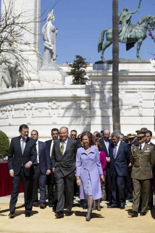 Los reyes y el presidente del Gobierno en Cádiz
