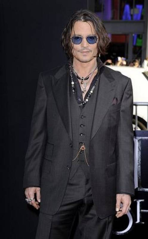 "Johnny Deep en el estreno de ""Dark shadows"""