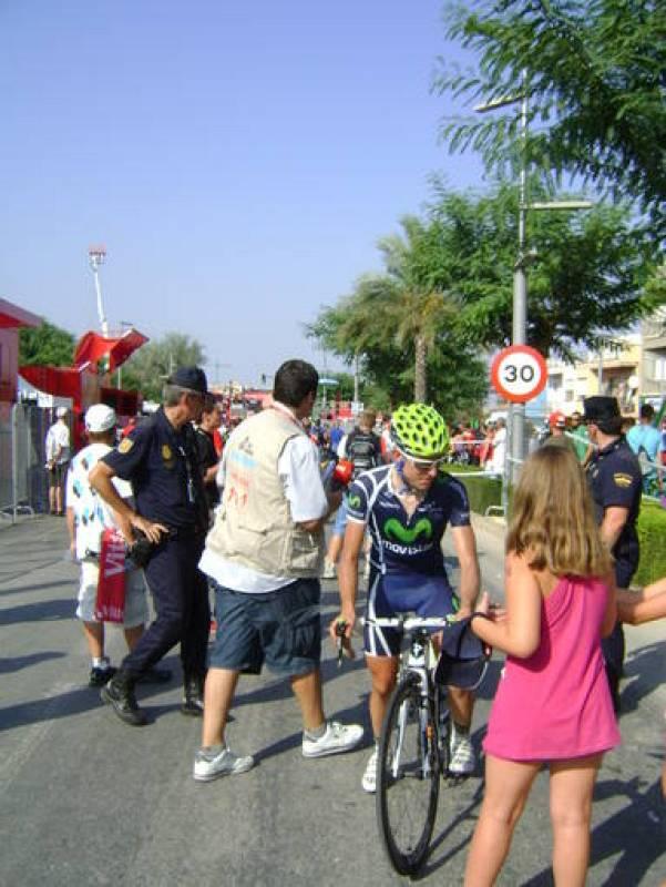 Ciclistas por la calzada