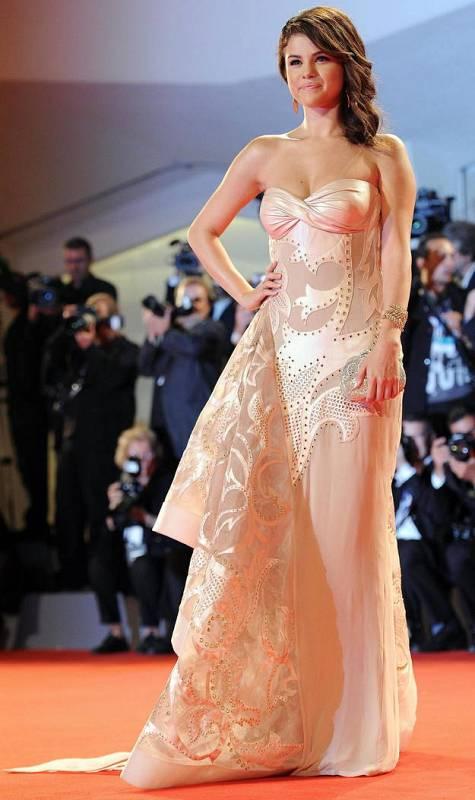 Selena Gómez en la alfombra roja de la Mostra de Venecia