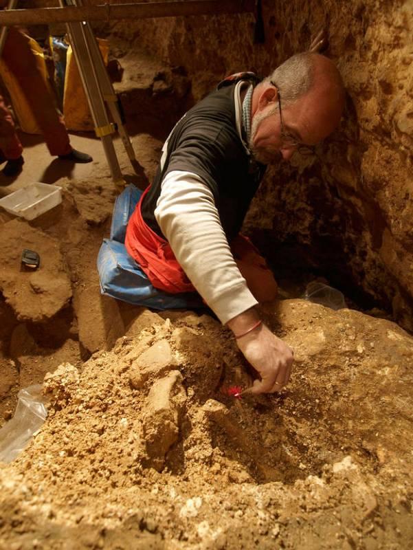 Trabajos de excavación en la Sima de los Huesos.