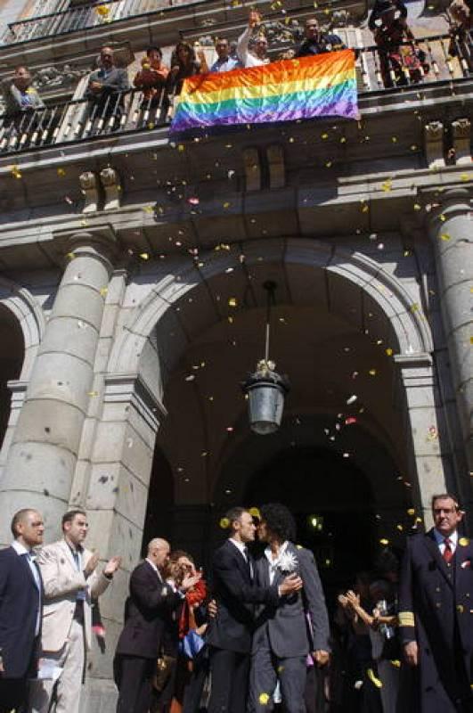 Muere pedro zerolo 7 - Casarse ayuntamiento madrid ...