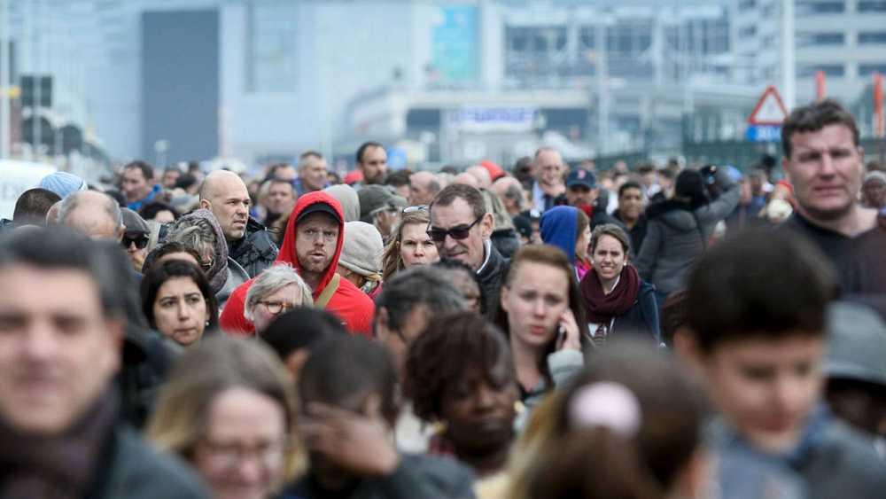 Cientos de personas, evacuadas del aeropuerto de Zaventem, en Bruselas