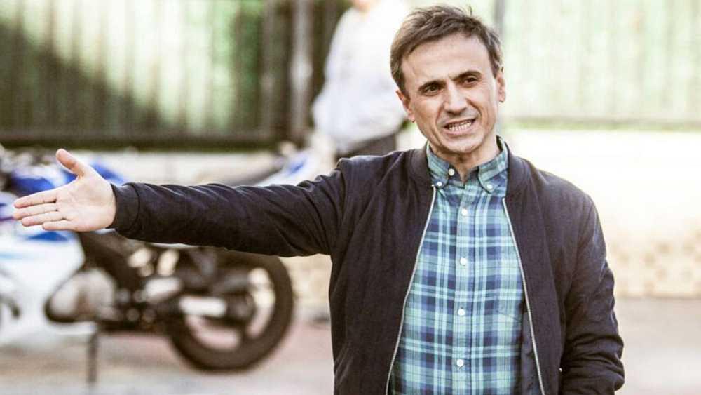 José Mota protagoniza 'El hombre de tu vida'. Interpreta a Hugo, un viudo que tiene que sacar adelante a su hijo adolescente. Al quedarse sin empleo tiene que aceptar un peculiar trabajo en la agencia matrimonial de su cuñada.