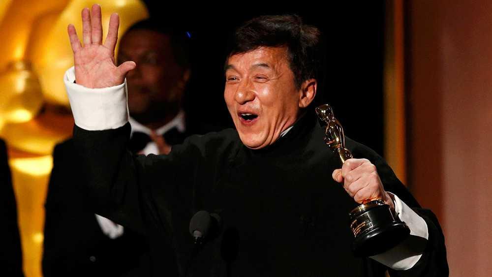 Jackie Chan recoge el Oscar honorífico