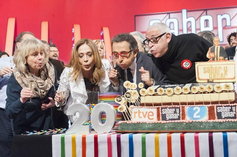 Ángeles, Pilar Vázquez, Jordi Hurtado y Juanjo Cardenal, celebran los 20 años del concurso 'Saber y Ganar'