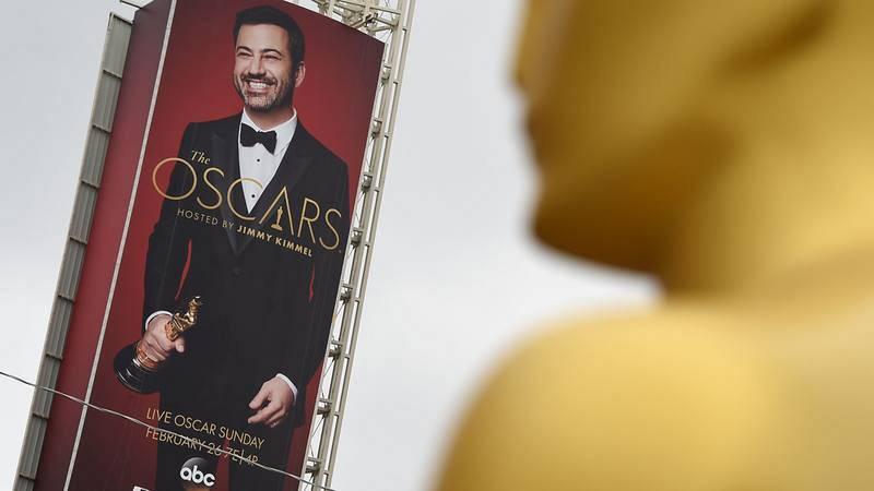 Jimmy Kimmel, en un cartel de Los Ángeles junto al Teatro Dolby.
