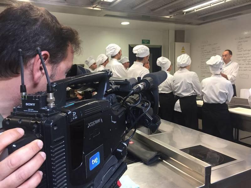 Una classe al Campus de Turisme, Hoteleria i Gastronomia CETT