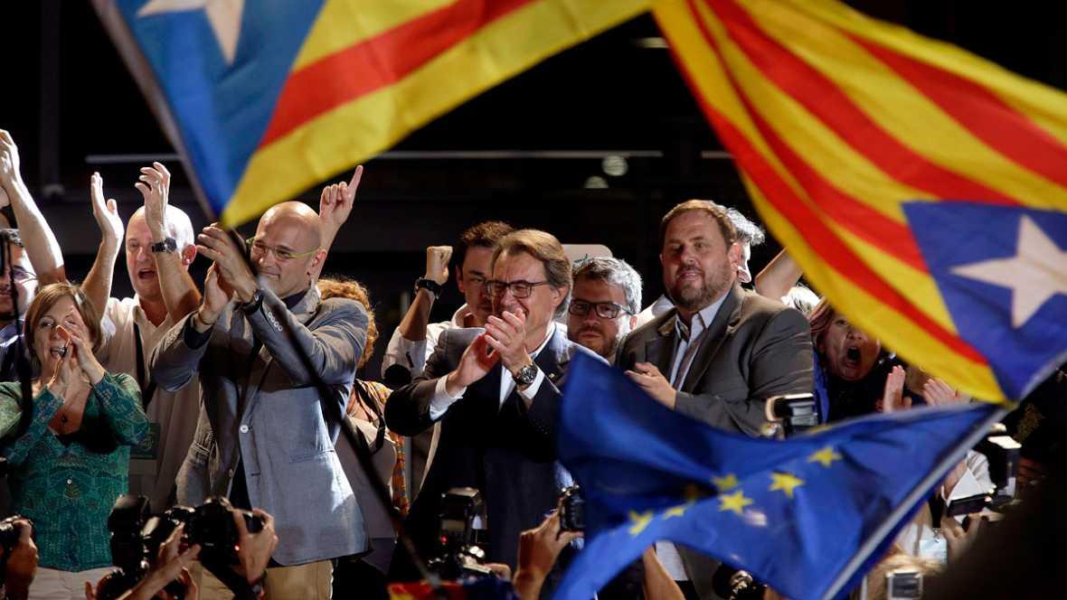 Junts pel Sí y la CUP suman la mayoría absoluta de escaños pero no de votos