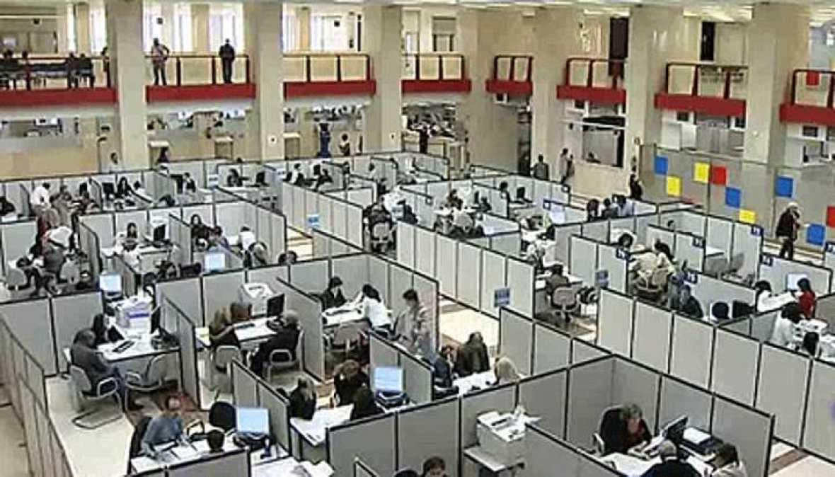 Los contribuyentes presentaron quejas y 902 for Oficina tributaria madrid