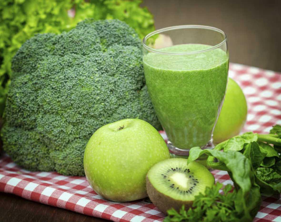 10 batidos verdes saludables y sabrosos - Batidos de kiwi ...