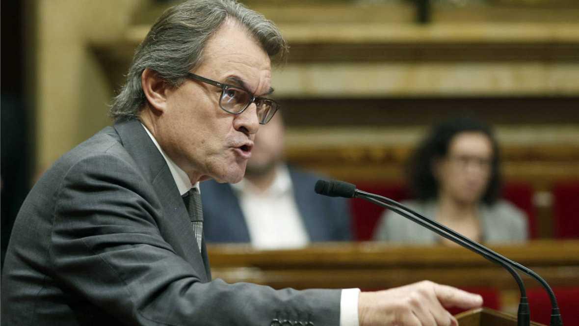 El presidente de la Generalitat en funciones, Artur Mas, durante el pleno en el que la CUP ha vuelto a votar no a su investidura