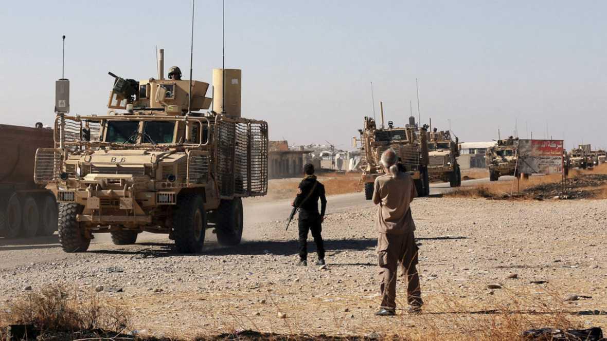 Fuerzas iraquíes patrullan por un barrio al este de Mosul el pasado 3 de noviembre