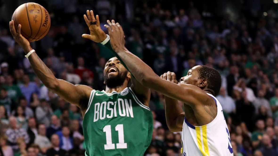 Boston avisa a Cleveland y los Rockets se exhiben ante los Suns