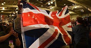Defensores del 'no' celebran en Edimburgo el resultado del referéndum