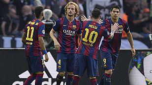 Los jugadores del FC Barcelona celebran el gol de Rakitic, el 0-1.