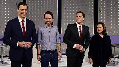 Los candidatos de PSOE, Pedro Sánchez, de Podemos, Pablo Iglesias, de Ciudadanos, Albert Rivera, y la número 2 del Partido Popular, Soraya Sáenz de Santamaría, en un debate electoral a cuatro en Atresmedia.