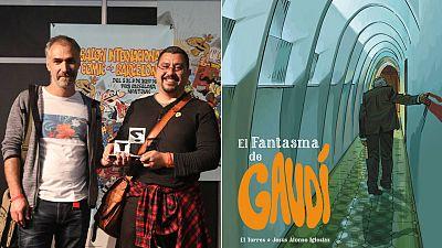 El Torres y Jesús Alonso con el premio a la mejor obra de autor español y la portada de 'El fantasma de Gaudí'