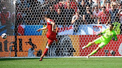 Los polacos se meten en cuartos al ganar a Suiza en los penaltis
