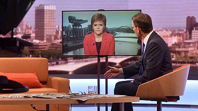 La ministra principal escocesa, Nicola Sturgeon, en directo para un programa de la 'BBC'