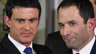 El candidato del PSF a la presidencia de Francia, Benoit Hamon y el ex primer ministro, Manuel Valls.