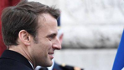 El presidente electo de fracnia, Emmanuel Macron, asiste a la cermonia por el aniversario de la victoria en la II Guerra Mundial